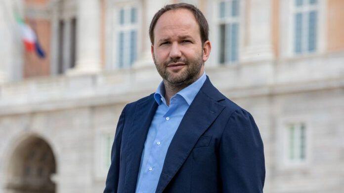 Gianpiero Zinzi scende in campo come candidato sindaco di Caserta