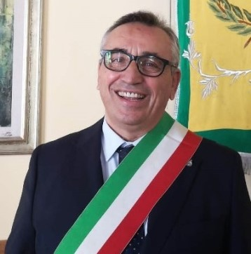 """Caivano, il sindaco Falco: """"Basta con i roghi"""".Mercoledì 30 giugno sciopero del settore ambientale"""